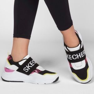 Skecher rovina over the top chunky sneakers NEW